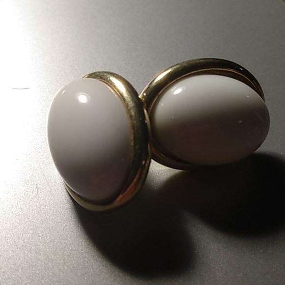 Trifari Jewelry - Vintage Trifari Earrings